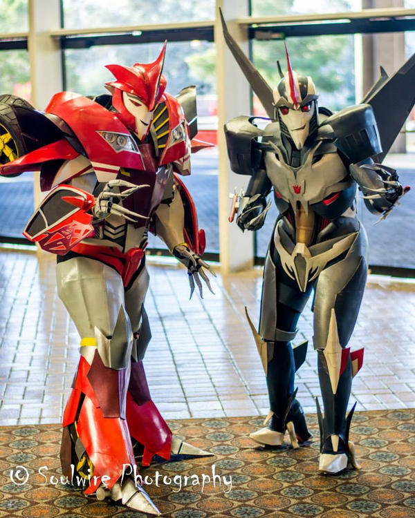 Starscream and Knockout Costumes by Laserbot