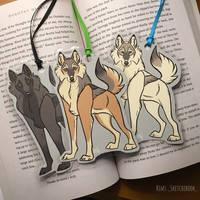 Wolf Bookmarks