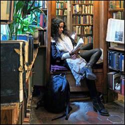 Shakespeare and Company Bookshop - 2