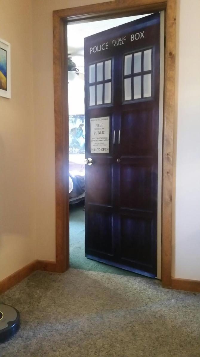 TARDIS Door by AJ-Parker758