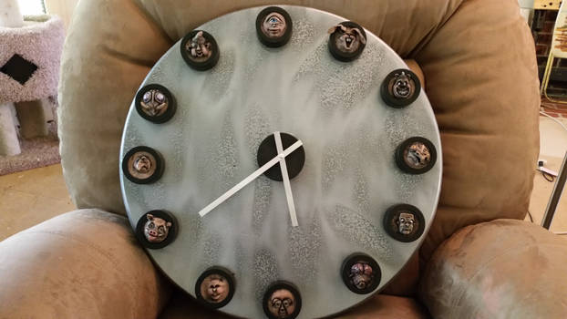 On The Clock: Sculptural Timepiece