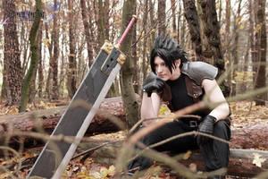 Zack Fair cosplay by Xx-lil-xX
