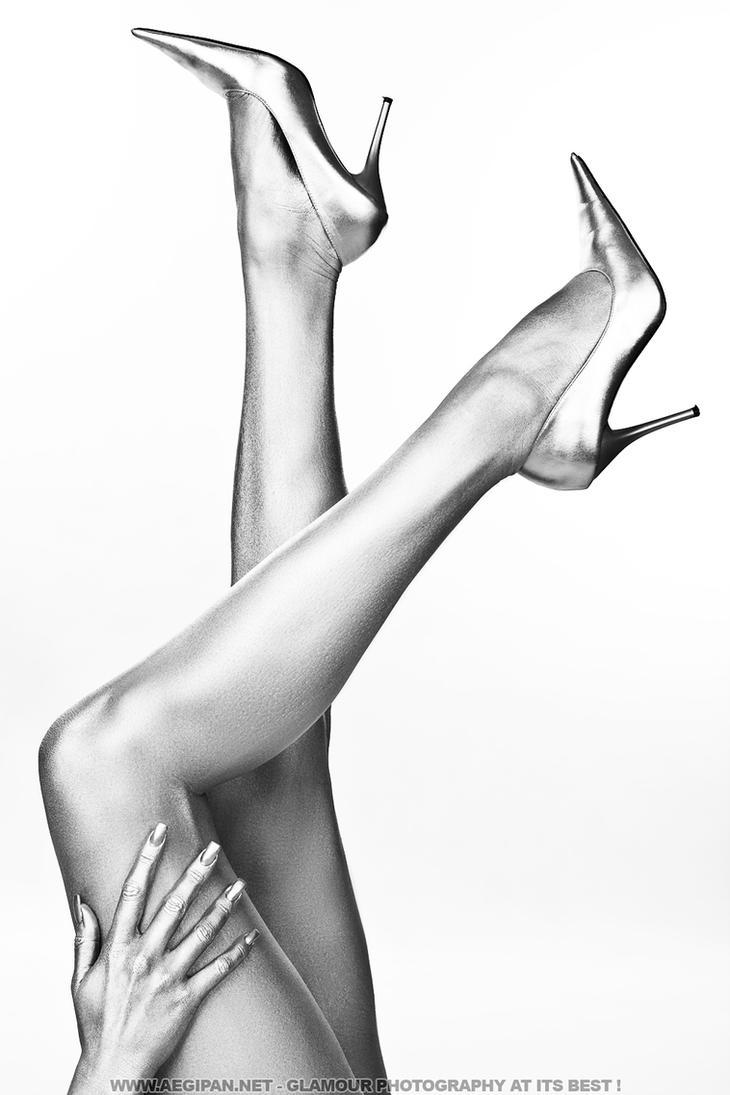 Sexy legs II Laurance by aegipan