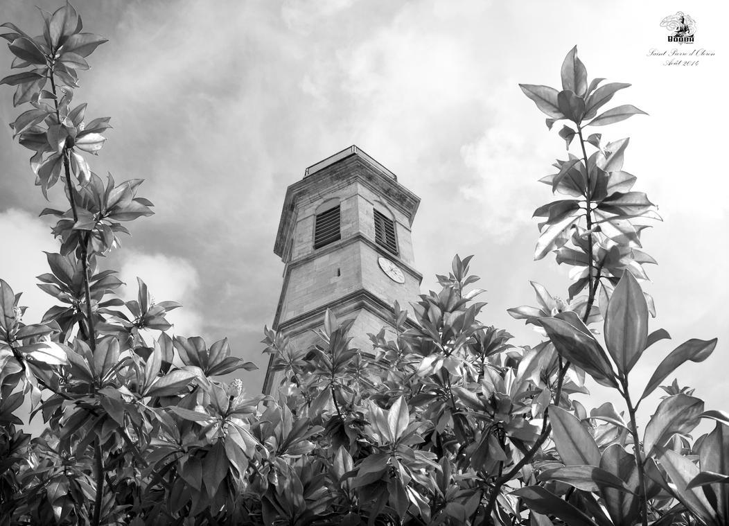 Eglise Saint Piere d'Oleron by BoOdA6tem