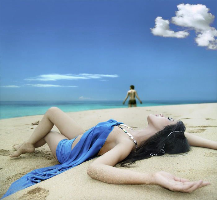 на пляже и на солнце