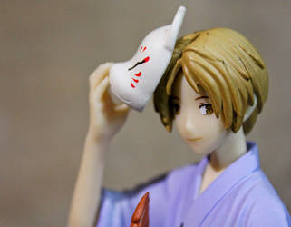 Natsume with mask