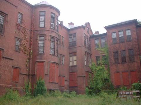 insane asylum by thelastring