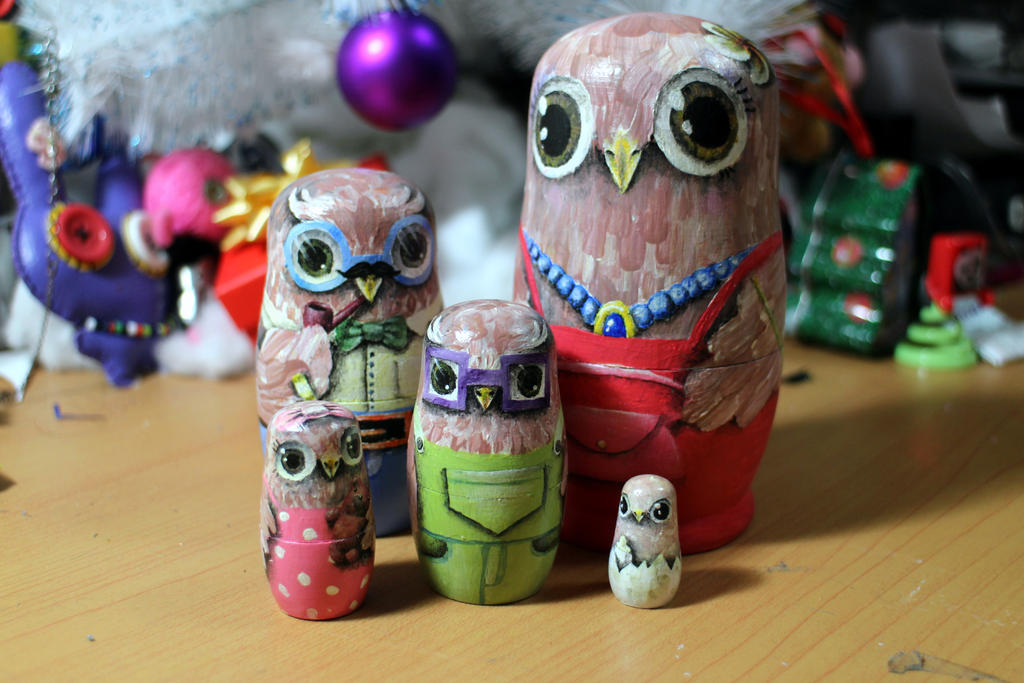 Matryoshka owl family #1 by ItsMyUsername