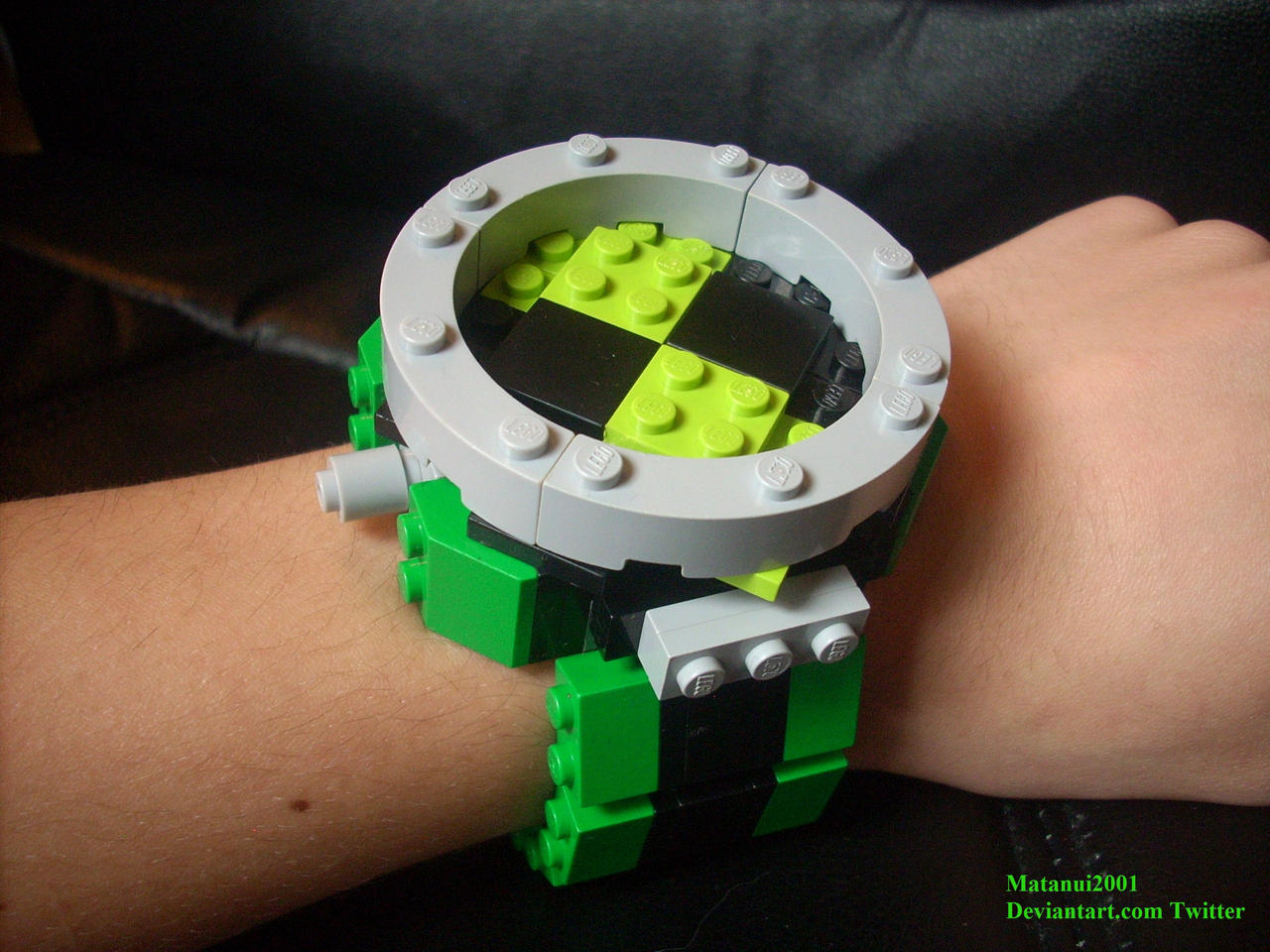 The Ultimate Lego Omnitrix by matanui2001