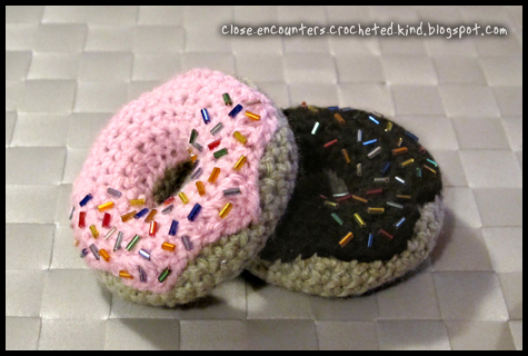 Free Online Crochet Patterns For Amigurumi : amigurumi donut by Close-Encounters on DeviantArt