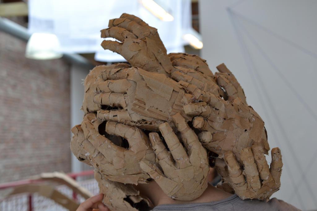 hands by ze1a13