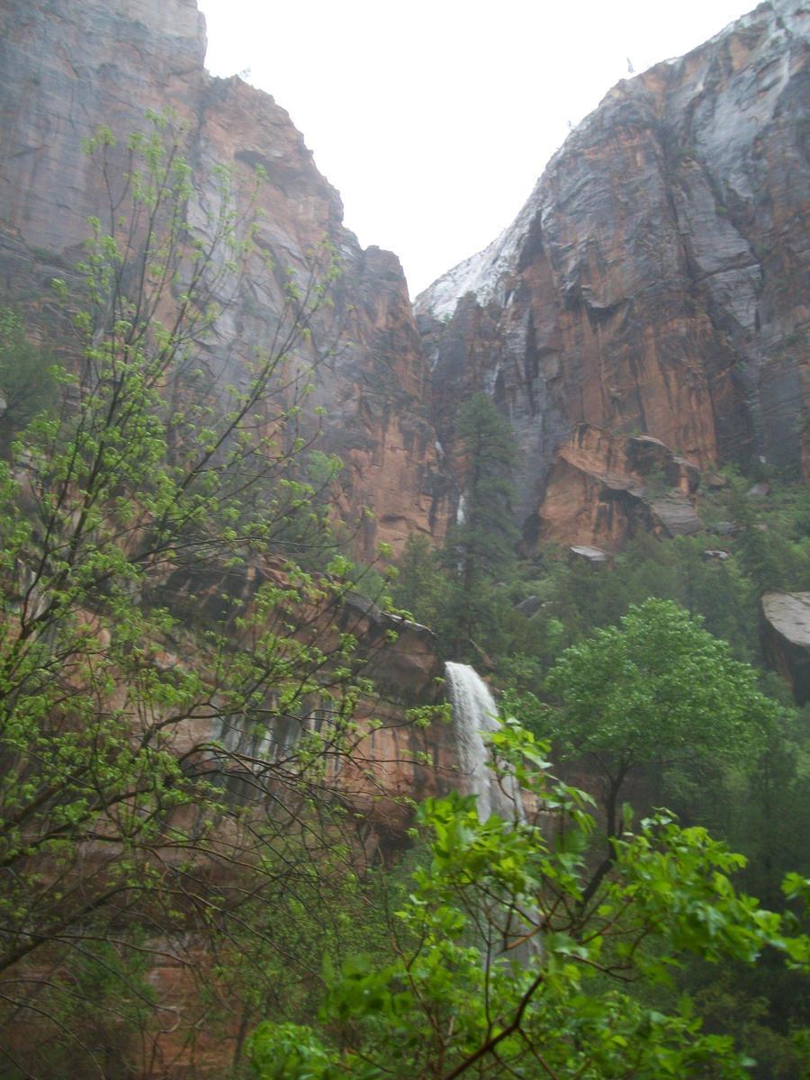 2nd Emerald Waterfall 5 by Midorii-kiri