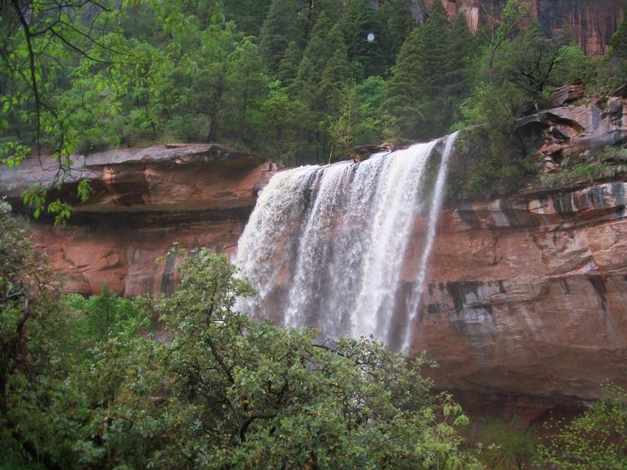 1st Emerald Waterfalls 2 by Midorii-kiri
