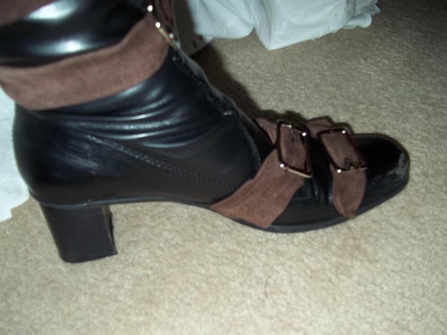 Undertaker Boots 3 by Midorii-kiri