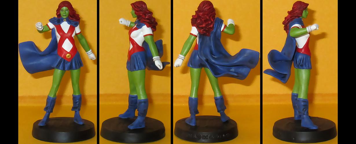 Miss Martian custom figurine by Ciro1984