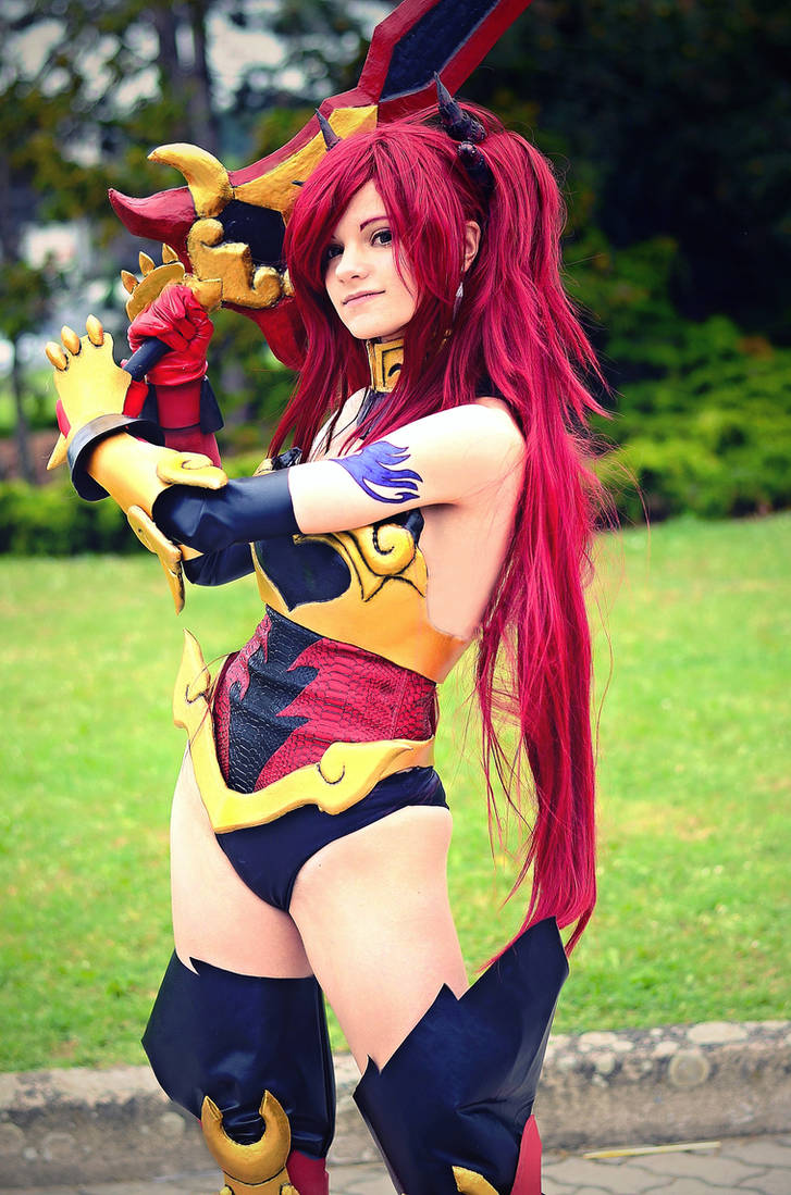 Erza Scarlet Fairy Tail Cosplay By Anitramnoriko On Deviantart