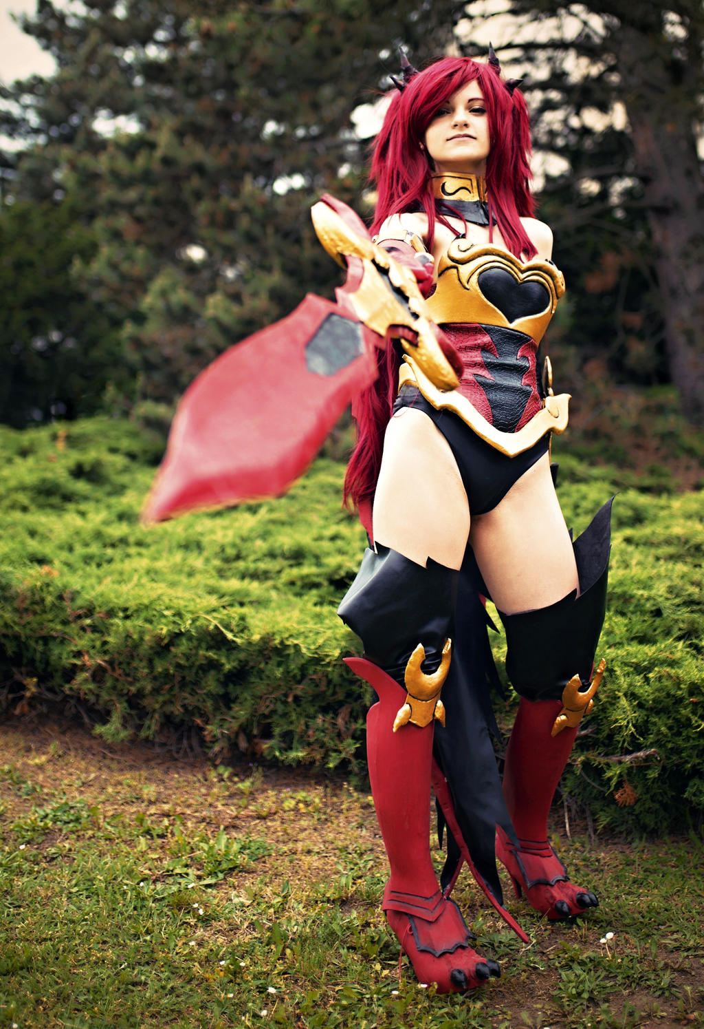 erza scarlet flame empress fairy tail cosplay by