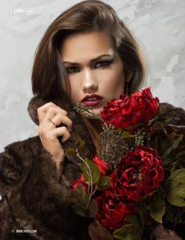 Scarlett for 7Hues Magazine
