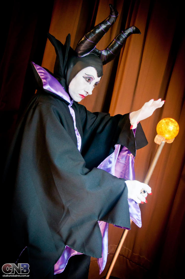 Maleficent - Sleeping Beauty by Integra-cosplay