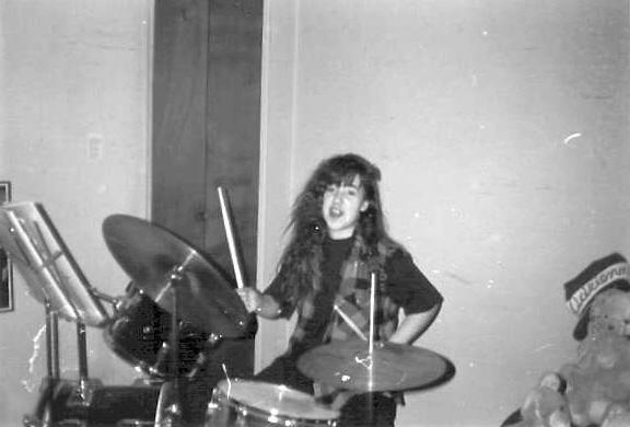 Adri Ellen in BW by drumgirl