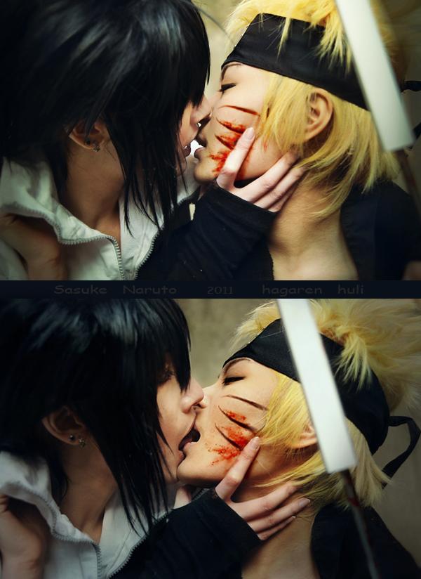 sasuke naruto kiss by 0hagaren0
