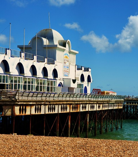 Southsea Pier by aniuch