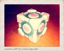 Companion Cube Papercraft by nuexxchen