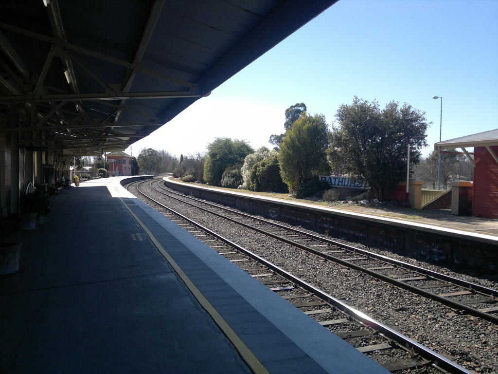 Bathurst Railway Station by docwinter
