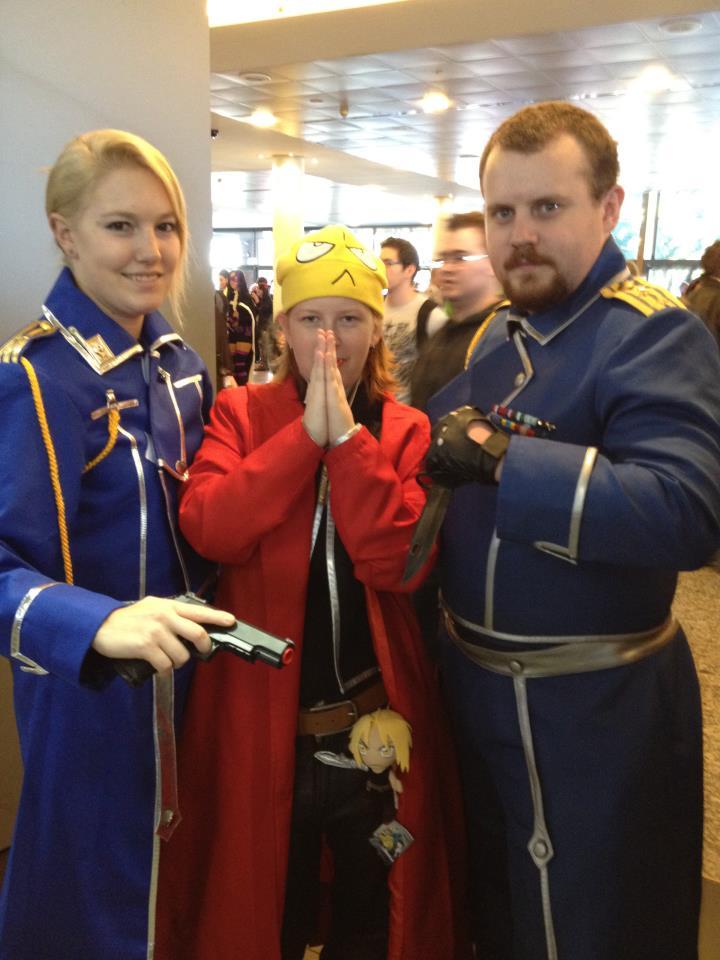 Colonel Gotha and Lt Hawkeye by docwinter