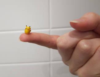 fat pikachu by hirokiro