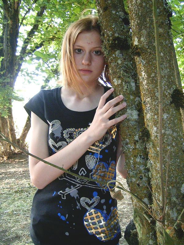 Rikku - Cosplay pose? by GMYuna on DeviantArt
