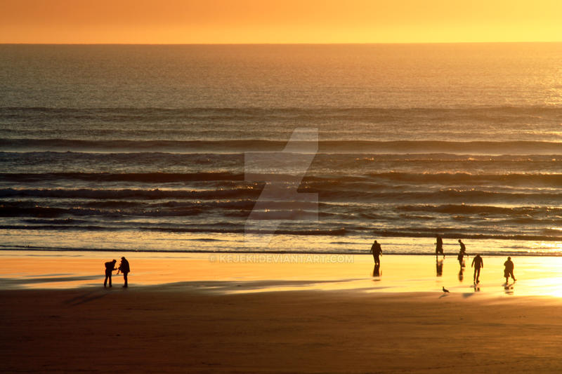 Orange Ocean by kejeki