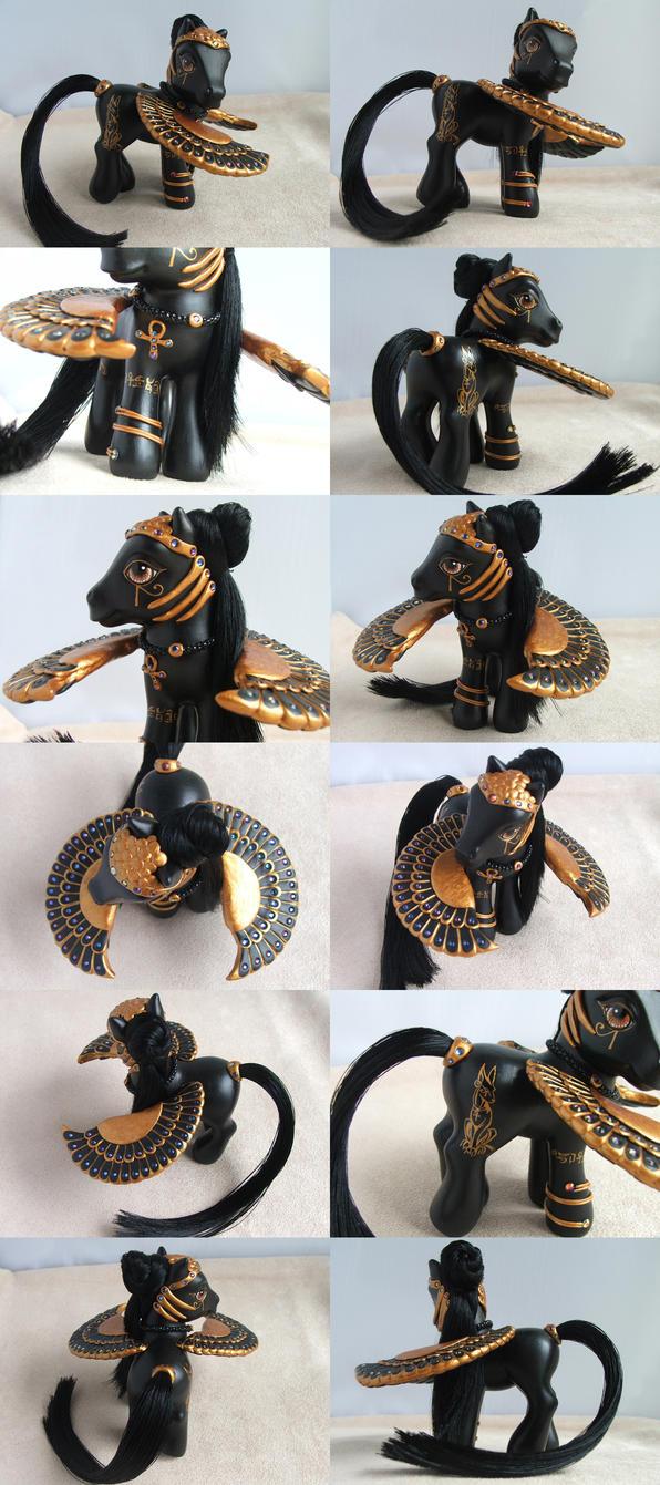 Anubis Reborn by lovelauraland