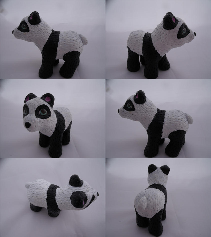 Panda Pan by lovelauraland