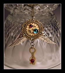 Queens Pendant by querulousArtisan