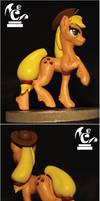 Applejack figure by FelinexyCW