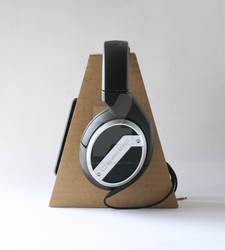 cardboard headphone stand  01