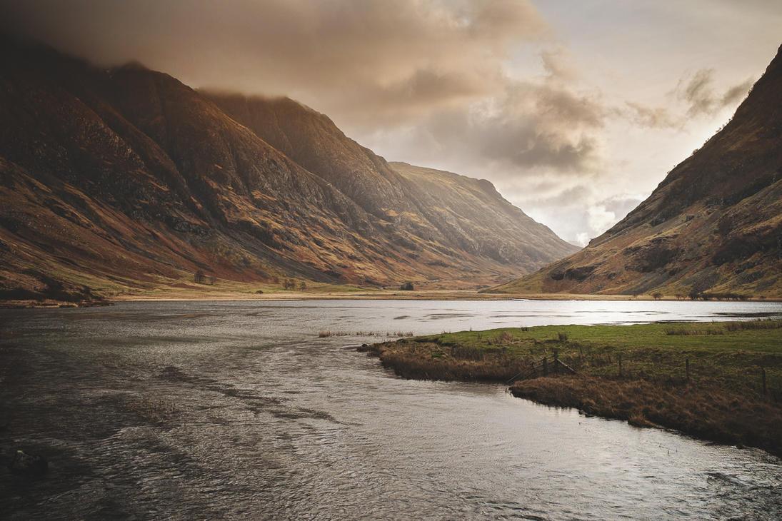 Glencoe valley by Myra-cz