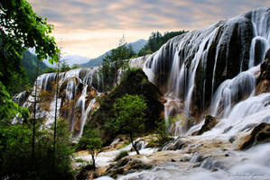 Pearl Shoal Jiuzhaigou by Hestefotograf
