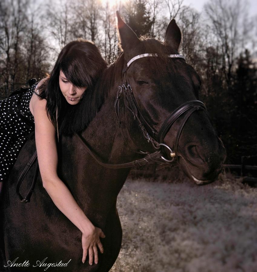 True Love. by Hestefotograf