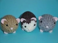 Knit Hamsters by Simnut