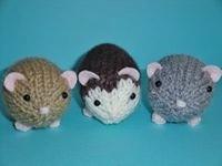 Knit Hamsters by Simnut