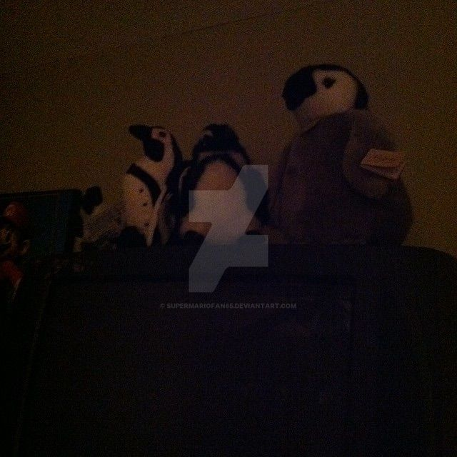 Penguins on the T.V by SuperMarioFan65