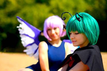 Wriggle Nightbug x Mystia Lorelei cosplay by DariaAmbrosia