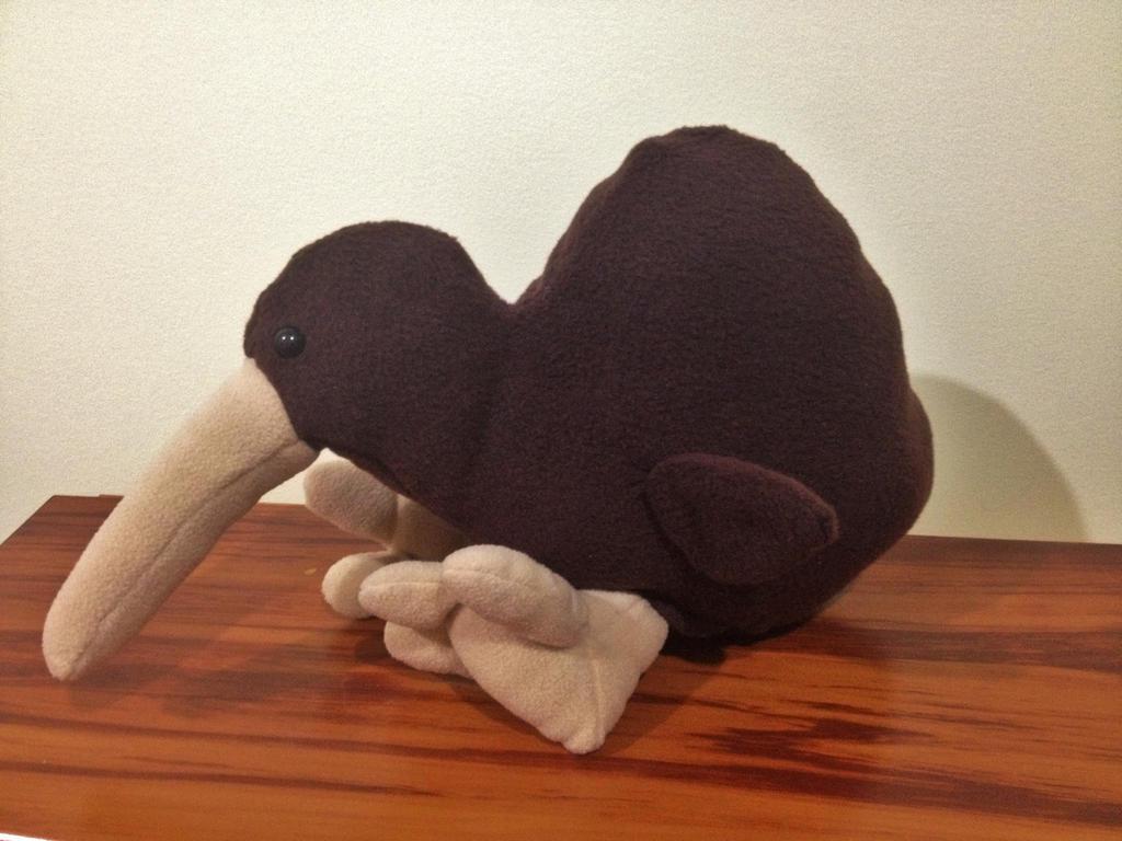 Kiwi Plushie by x0xChelseax0x