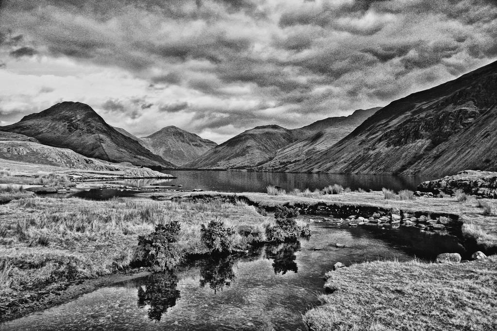 Wastwater Percieved by Capturing-the-Light