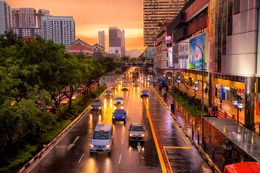 Light Rain Heavy 'traffic Singapore Sunset