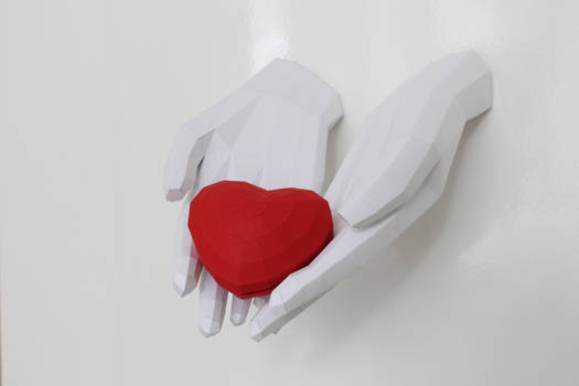 Hands Holding heart Papercraft DIY templates