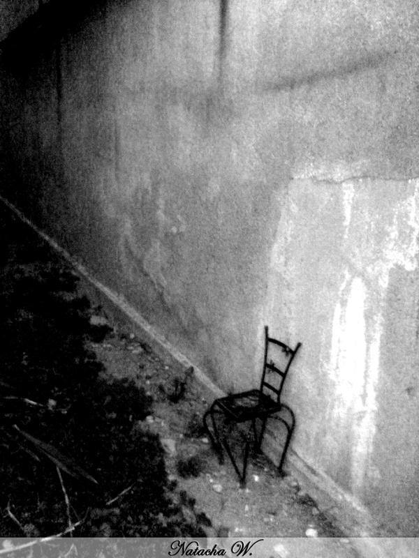 A little chair in the darkness by nachacoke