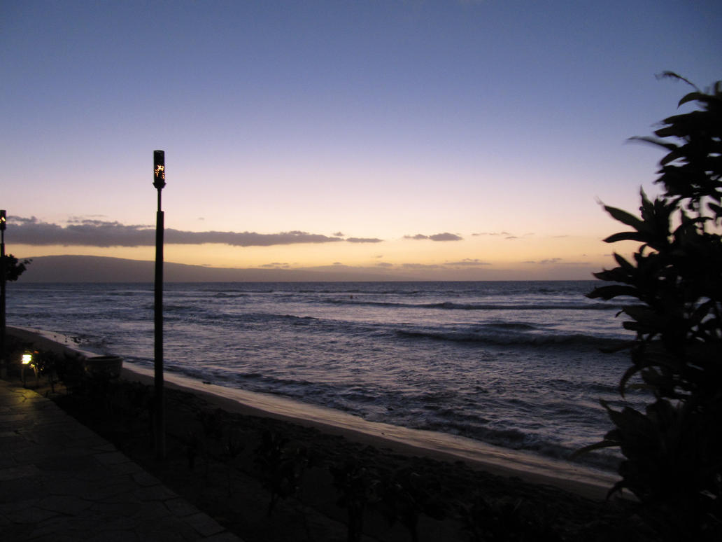 Sunset Maui by TisMatty